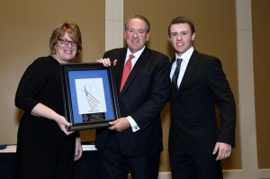 Atlantic Christian 2017 Legacy Gala - Presenting Huckabee with Plaque