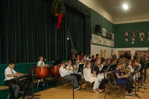 DSC 0053A - band playing
