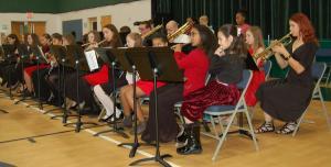 DSC 0365A - band playing