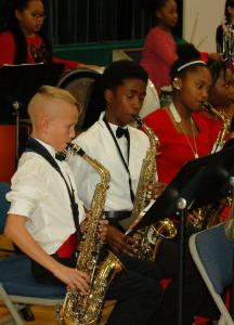 DSC 0367A - saxophones